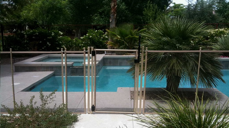 Pool Fence Las Vegas Nv Pool Safety Fence Installations Las Vegas Life Saver Pool Fence Of Nevada
