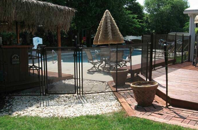 pool fence and installations in Delaware