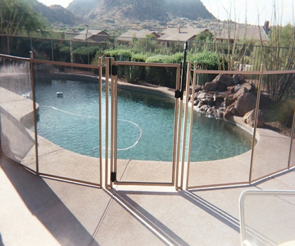 pool fence installations in Fresno, CA