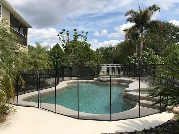 pool fence installations in Palm Springs, CA